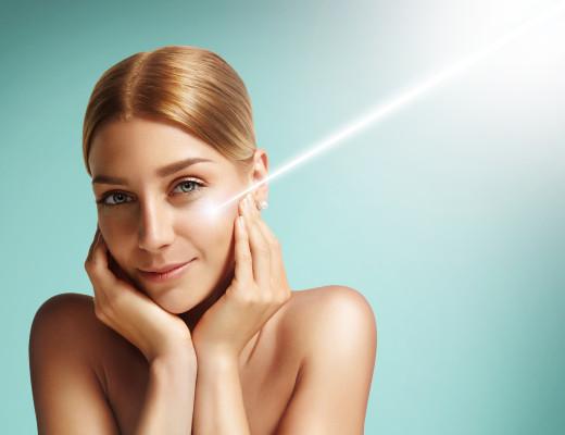 Gesicht mit Laserstrahl, Marina Jagemann