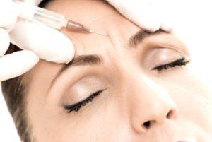 Unsere Autorin Angelika Brodde wollte es endlich mal wissen: Wie fühlt es sich an, mit Botox behandelt zu werden? Ein Erfahrungsbericht.www.marinajagemann.com
