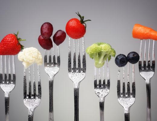 Anti-Aging mit Messer oder Nadel klingt nach schmerzhaften Veränderungen. Aber was ist mit Anti-Aging mit Messer und Gabel? Tut nicht weh! Schmeckt lecker!