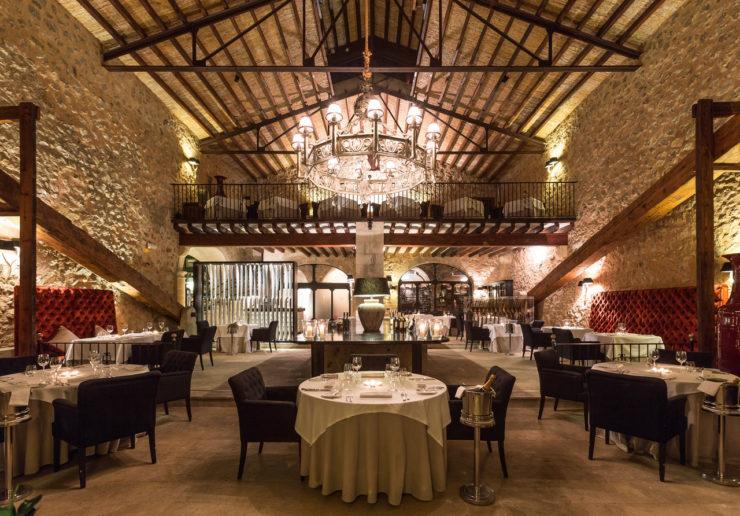 Luxus Urlaub Mallorca: Liebe geht bekanntlich durch den Magen. Im Gourmet Restaurant des Son Net lässt es sich schlemmen-