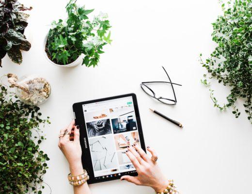 Ein Tag ohne Handy? Für viele undenkbar. Internetsucht ist inzwischen eine anerkannte Krankheit. Was tun? Eine Expertin gibt Digital Detox Tipps.