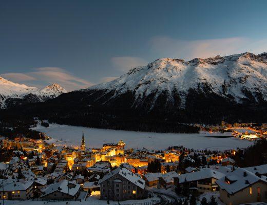 St. Moritz bei Nacht, Sicht aus dem Art Boutique Hotel