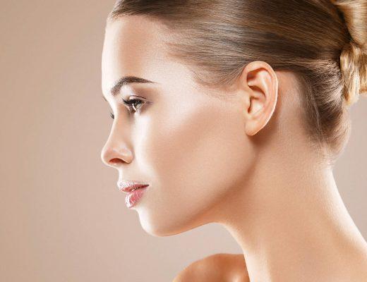 Frau mit strahlender Haut - get the Glow