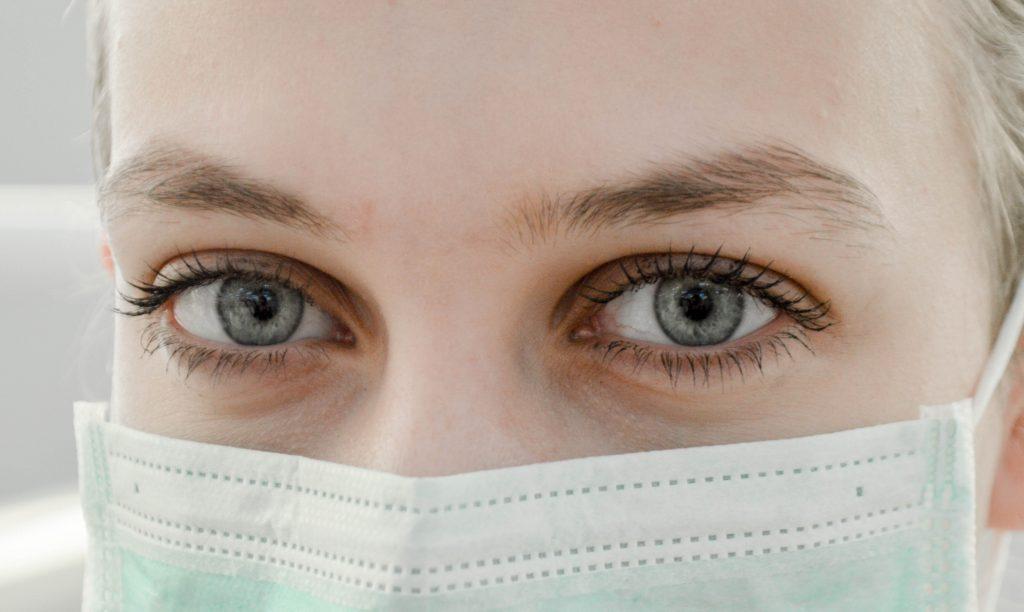 Plastische Chirurgie: Das sind die Schneitstrends in Zeiten von Corona